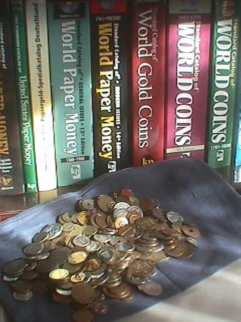 Das Braunschweiger Unternehmen bietet den Online-Kauf von Münzen an. Gold- oder Silbermünzen sind begehrte Sammelobjekte, dienen aber auch häufig als beständige Wertanlage. Es sind Münzen der DDR und der BRD, sowie aktuelle Euro-Münzen verfügbar.